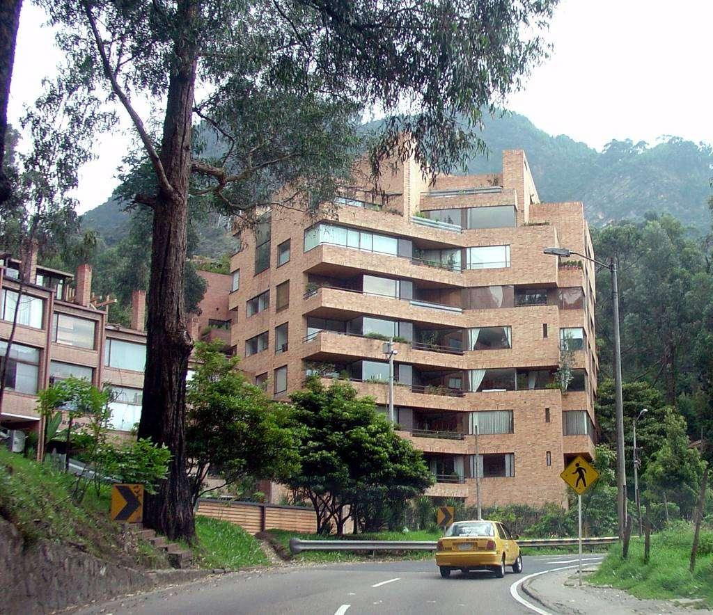 Edificios residenciales en el norte de bogot skyscrapercity for Barrio ciudad jardin norte bogota
